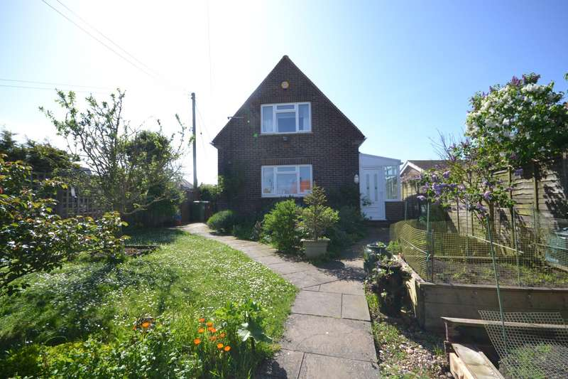 4 Bedrooms Detached Bungalow for sale in Coast Road, Pevensey Bay, BN24