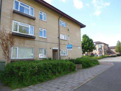 1 Bedroom Flat for sale in Cleavers Avenue, Conniburrow, Milton Keynes