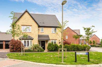 5 Bedrooms Detached House for sale in Springfields, Ambrosden, Bicester, Oxfordshire