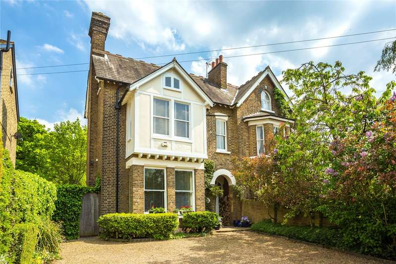6 Bedrooms Semi Detached House for sale in Epping New Road, Buckhurst Hill, Essex