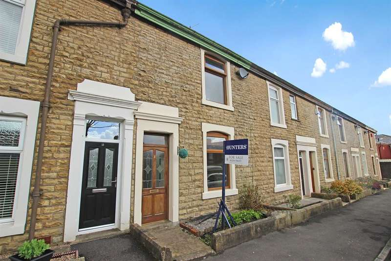 2 Bedrooms Terraced House for sale in Monton Road Darwen BB3 0AD