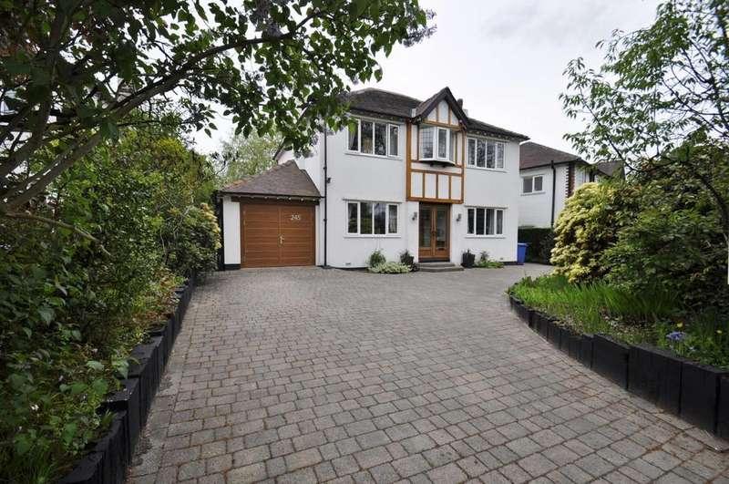 4 Bedrooms Detached House for sale in Bramhall Moor Lane, Hazel Grove