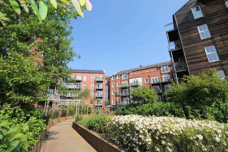 2 Bedrooms Apartment Flat for sale in Avon House, Welland Place, Market Haborough