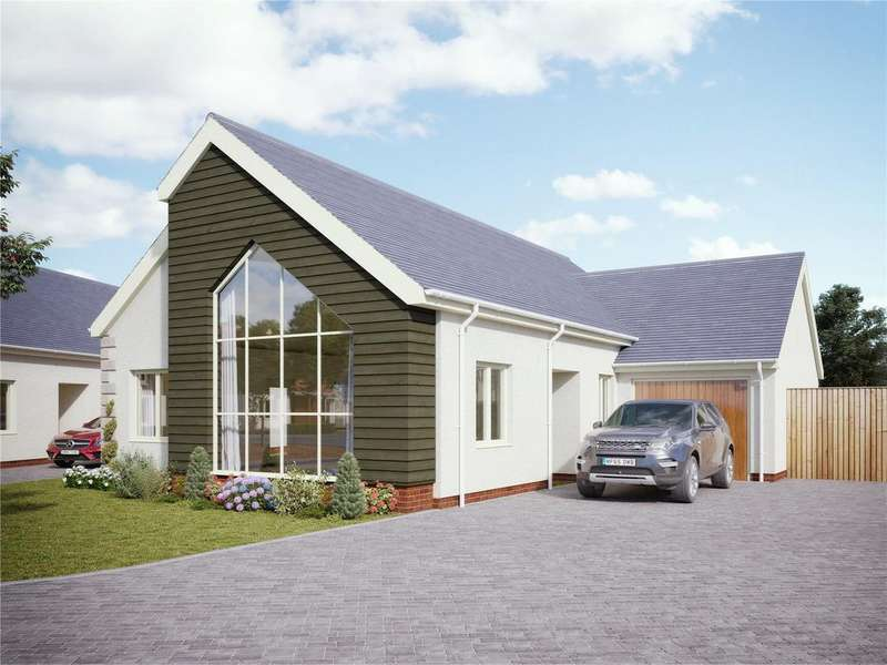 3 Bedrooms Detached Bungalow for sale in Fairway Gardens, Sparkwell, Devon, PL7