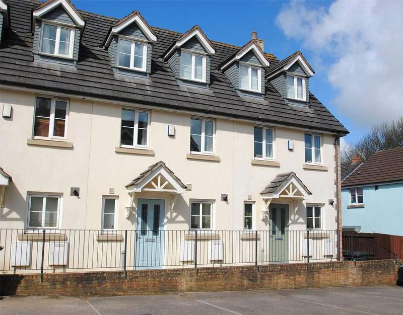 3 Bedrooms Terraced House for sale in Raleigh Mead, South Molton