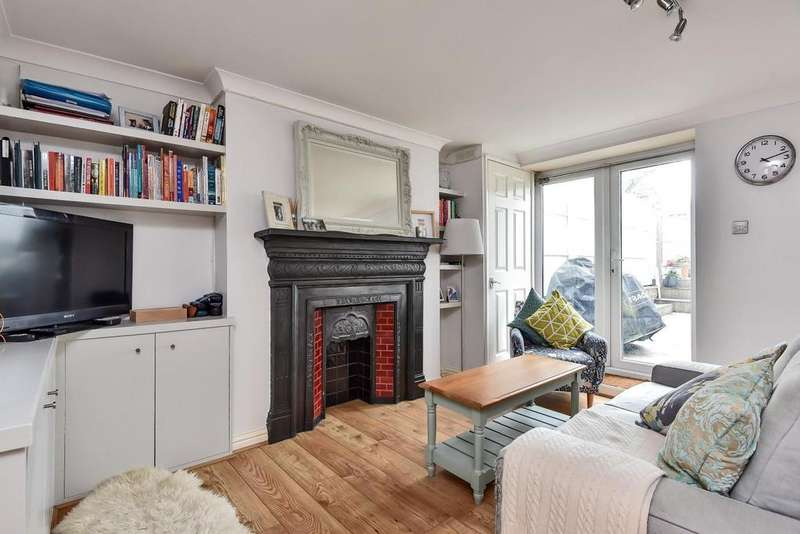 2 Bedrooms Flat for sale in Worbeck Road, Penge
