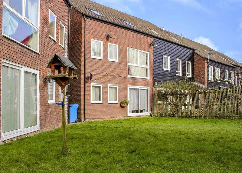 1 Bedroom Apartment Flat for sale in Northcott, Bracknell, Berkshire, RG12