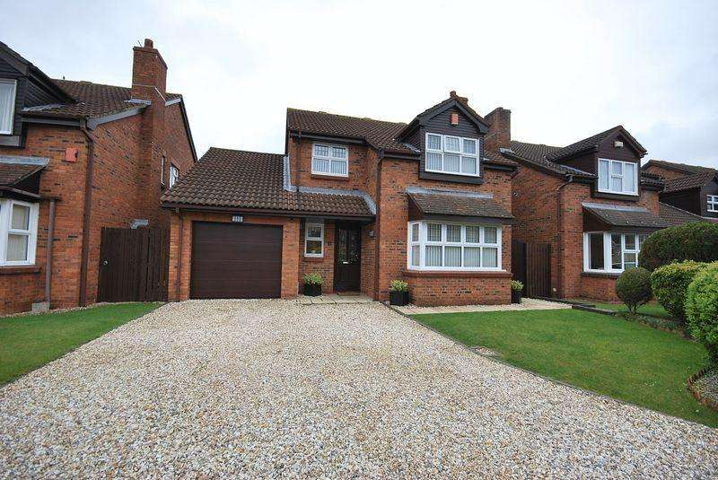 4 Bedrooms Detached House for sale in Churchward Close, Bristol