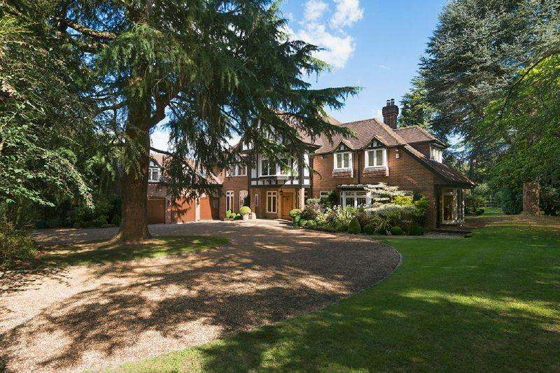 7 Bedrooms Detached House for sale in Burtons Way, Chalfont St Giles