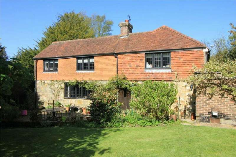 4 Bedrooms Detached House for sale in North Street, PUNNETTS TOWN, East Sussex