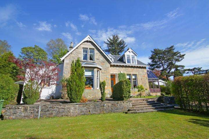 5 Bedrooms Detached House for sale in 19 Tannoch Drive, Milngavie, G62 8AY