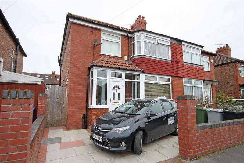 4 Bedrooms Semi Detached House for sale in Dale Grove, Timperley, Cheshire