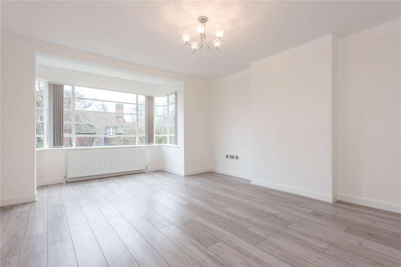 3 Bedrooms Flat for rent in Clissold Court Greenway Close London