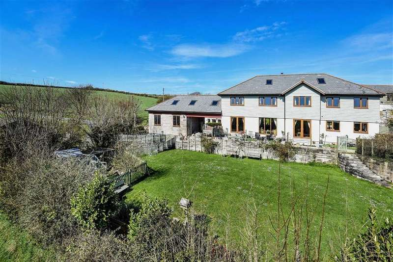 4 Bedrooms Detached House for sale in Mawla, Redruth, Cornwall, TR16