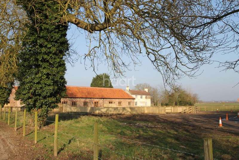 3 Bedrooms Barn Conversion Character Property for sale in Plot 5 Seafield Barns
