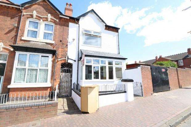 4 Bedrooms Terraced House for sale in Rookery Road, Handsworth, B21