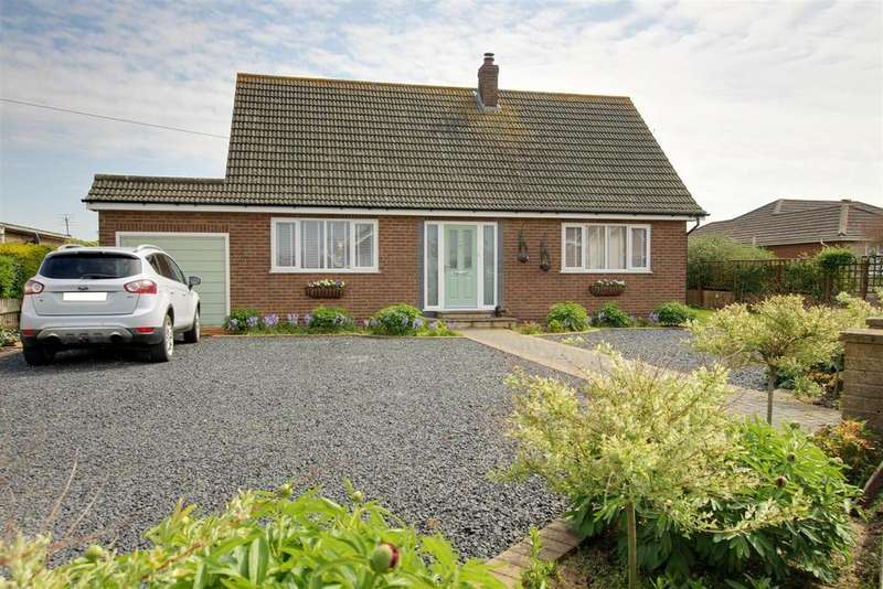 4 Bedrooms Detached Bungalow for sale in Dymoke Road, Mablethorpe