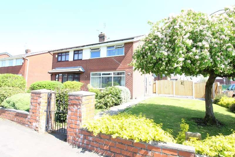 3 Bedrooms Semi Detached House for sale in Taunton Road, Chadderton, Oldham, OL9
