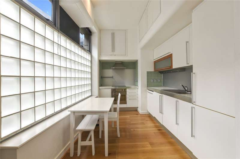 2 Bedrooms Flat for sale in Cheshire Street, London, E2