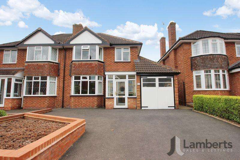 3 Bedrooms Semi Detached House for sale in Castle Road, Studley