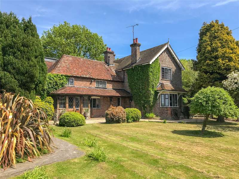 6 Bedrooms Detached House for sale in Amberstone, Hailsham