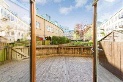 3 Bedrooms Maisonette Flat for sale in St. Valentine Terrace, New Gorbals, Glasgow