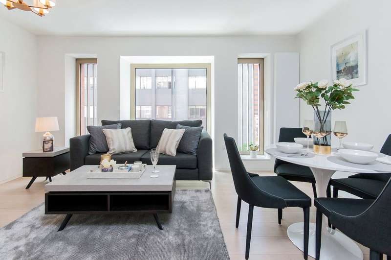 1 Bedroom Flat for sale in Great Portland Street, London, W1W