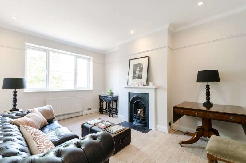 2 Bedrooms Flat for sale in Cranleigh House, Raynes Park, SW20