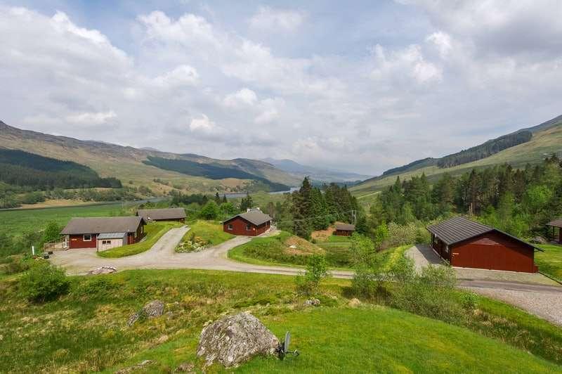 3 Bedrooms Detached House for sale in Portnellan, Crianlarich, Stirlingshire, FK20