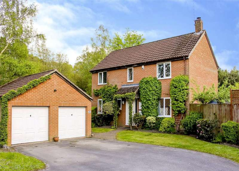 4 Bedrooms Detached House for sale in Leafield Copse, The Warren, Bracknell, Berkshire, RG12