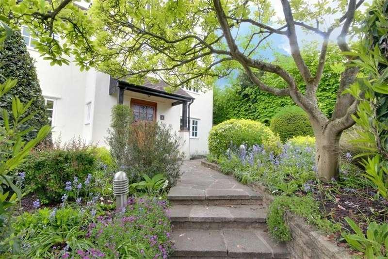5 Bedrooms Detached House for sale in Letchmore Road, Radlett, Hertfordshire