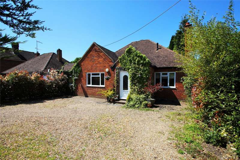 3 Bedrooms Detached House for sale in College Road, College Town, Sandhurst, Berkshire, GU47