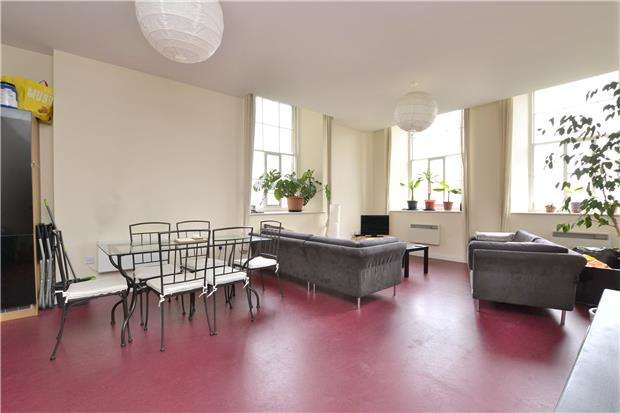 3 Bedrooms Flat for sale in Muller House, Ashley Down Road, BRISTOL, BS7 9DA