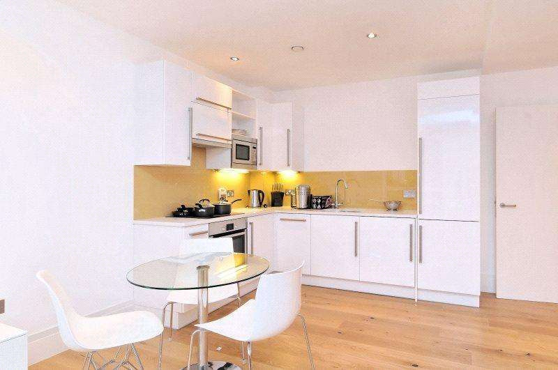 2 Bedrooms Apartment Flat for rent in Stukeley Street, Covent Garden, WC2B