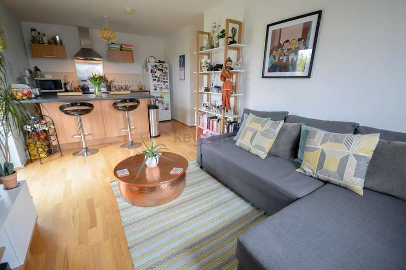 2 Bedrooms Apartment Flat for rent in Oxclose Park Rise, Halfway, Sheffield, S20