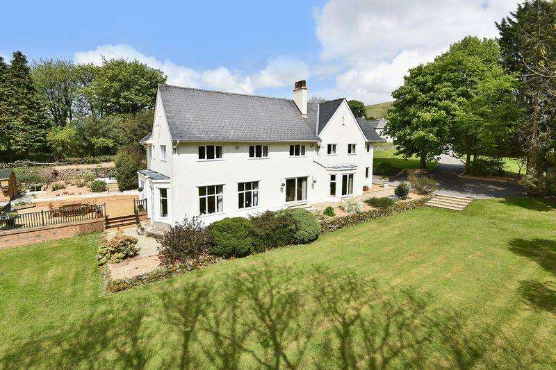 5 Bedrooms Detached House for sale in Handsome country residence with glorious grounds