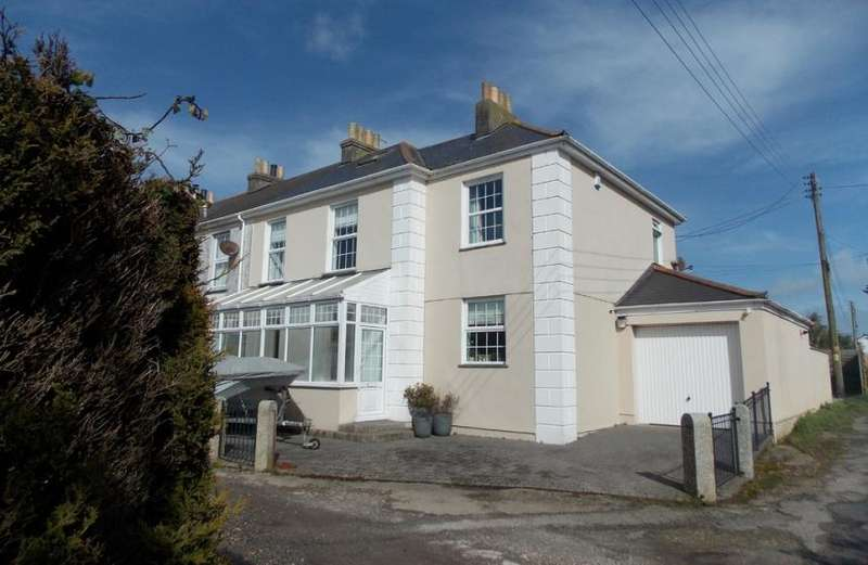4 Bedrooms Property for sale in Goldenbank, Falmouth