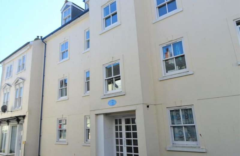 2 Bedrooms Property for rent in Liskeard,Cornwall