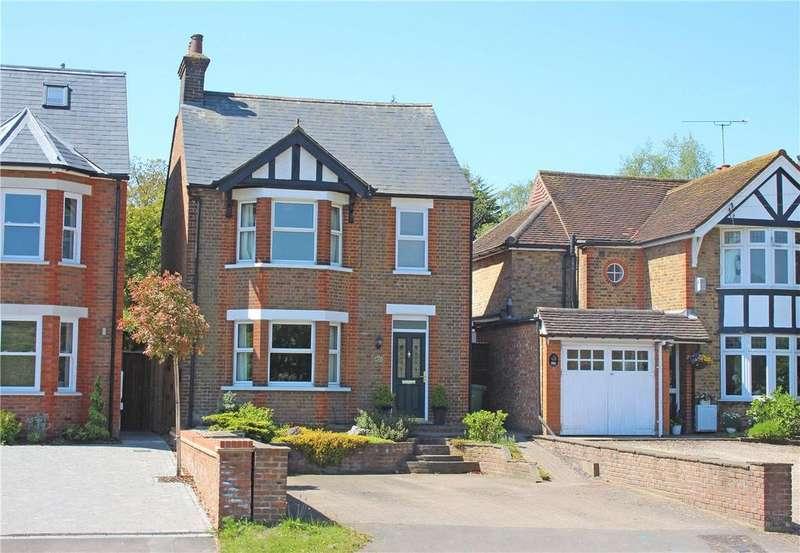 3 Bedrooms Detached House for sale in Luton Road, Harpenden, Hertfordshire