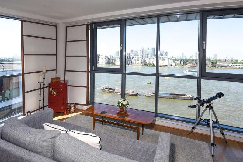 2 Bedrooms Flat for sale in Wood Wharf Apartments Horseferry Place SE10