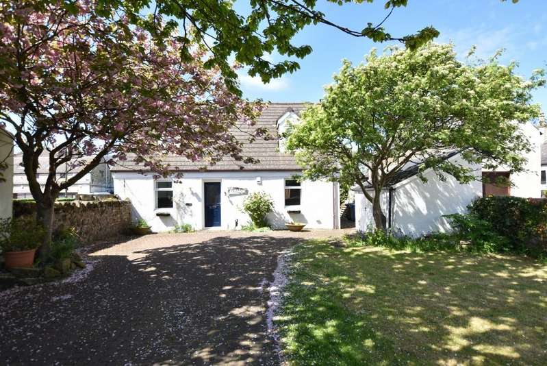 5 Bedrooms Detached Villa House for sale in 19 Academy Street, Troon, KA10 6HR