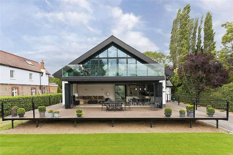5 Bedrooms Detached House for rent in Towpath, Shepperton, Middlesex, TW17