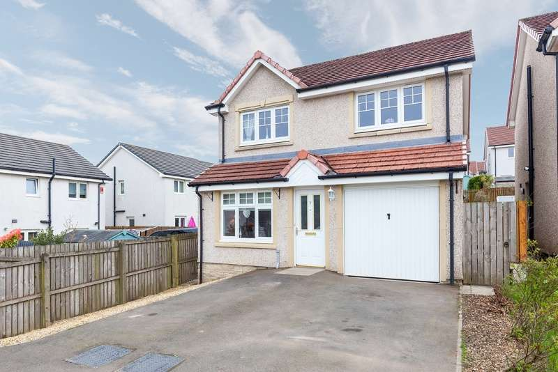 4 Bedrooms Detached House for sale in Backfaulds Place, Kelty, Fife, KY4 0LY
