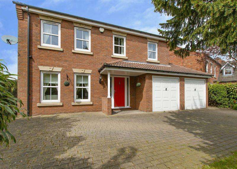 5 Bedrooms Detached House for sale in Park Drive, Sprotborough, Doncaster