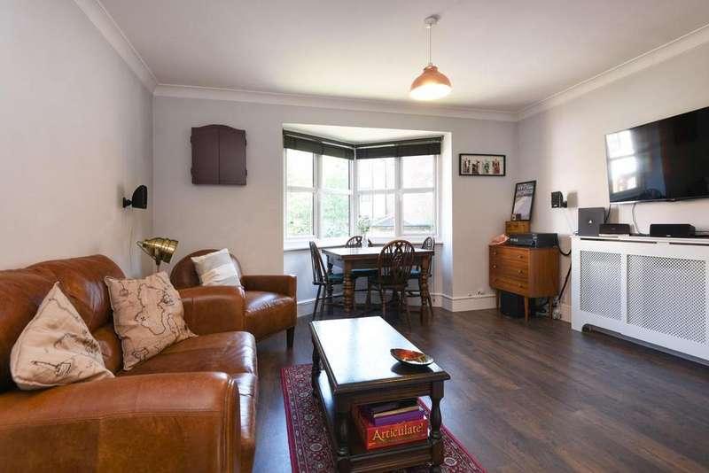 1 Bedroom Flat for sale in Celestial Gardens, Lewisham
