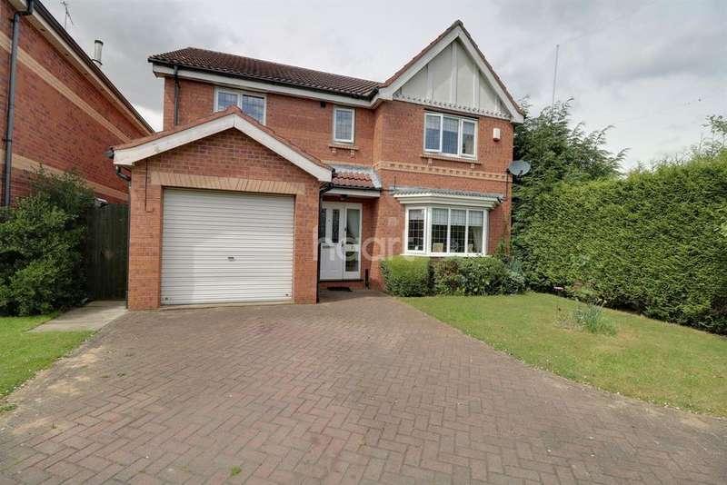 4 Bedrooms Detached House for sale in Trent Gardens, Kirk Sandall, Doncaster