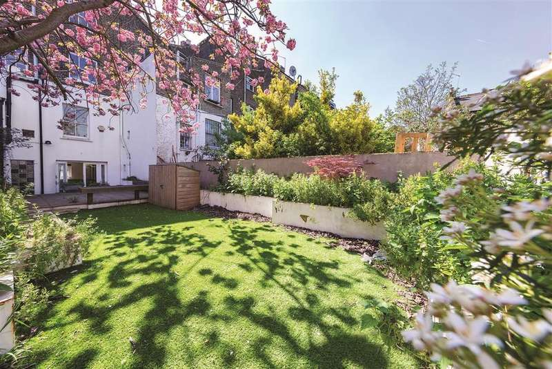 2 Bedrooms Flat for sale in St. John's Hill, SW11