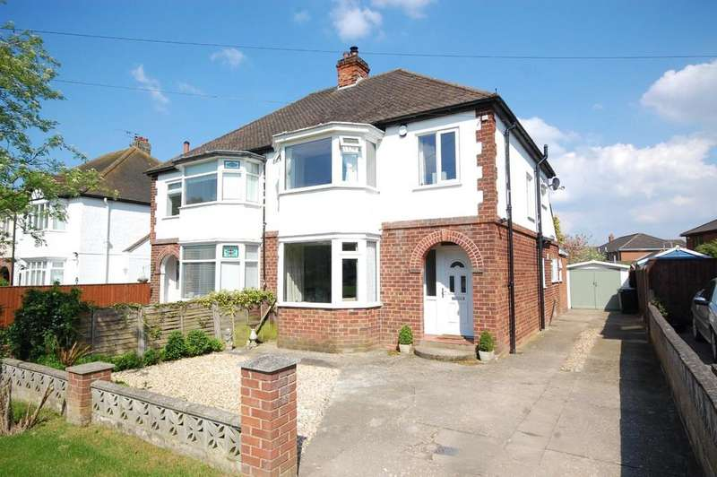 3 Bedrooms Semi Detached House for sale in Kenwick Road, Louth, LN11