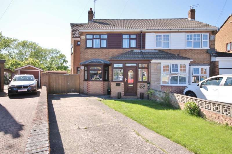 4 Bedrooms Semi Detached House for sale in Clincton View, Widnes, WA8 8RW