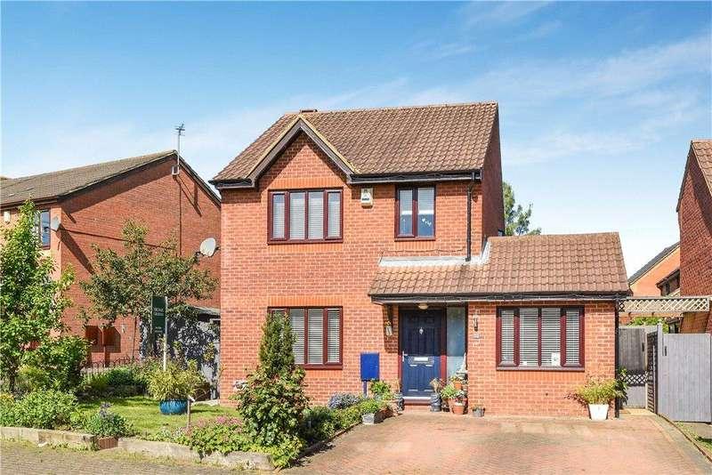 4 Bedrooms Detached House for sale in Cruickshank Grove, Crownhill, Milton Keynes, Buckinghamshire